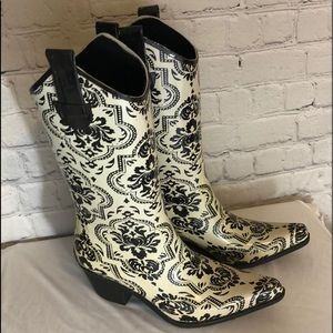 CORKYS RAIN BOOTS COWGIRL STYLE SZ 6 RUBBER
